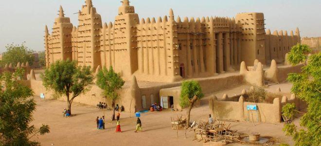 Работа в Мали
